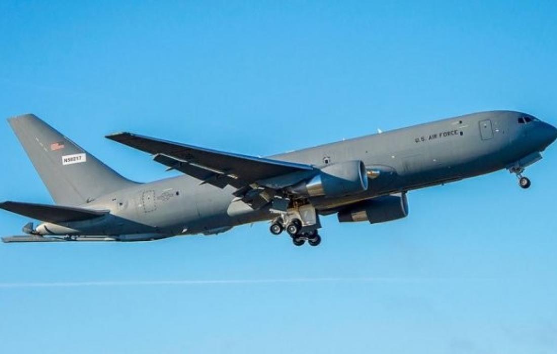 طائرة التزود بالوقود.jpg