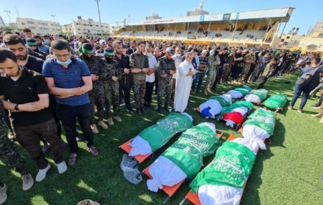 صورة من صلاة الجنازة على الشهداء