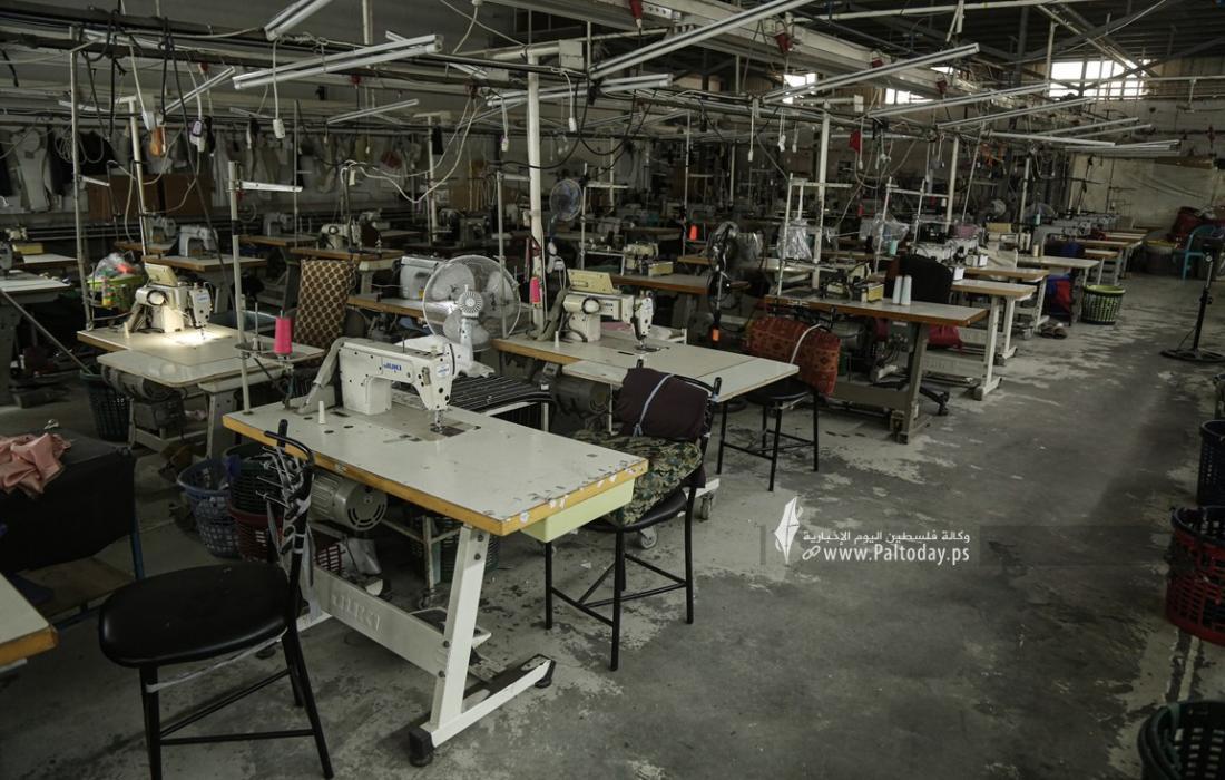 توقف مصانع غزة عن العمل يصيب الاقتصاد بالشلل وخسائر بملايين الدولارات  (20).JPG