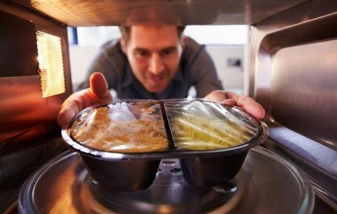 تسخين الطعام.jpg