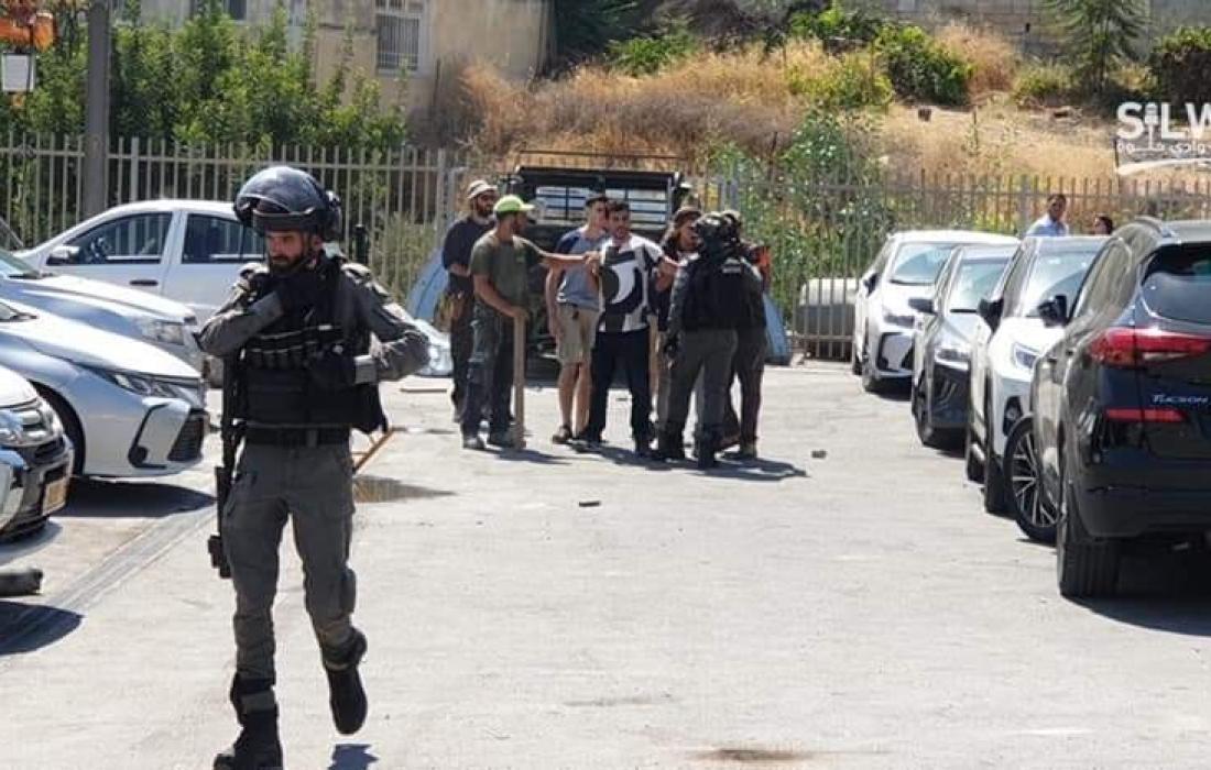 """عملية """"تسريب"""" جديدة لعقار بسلوان ومواجهات مع الاحتلال ومستوطنيه"""
