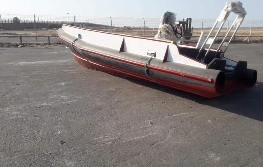 قارب1.jpg