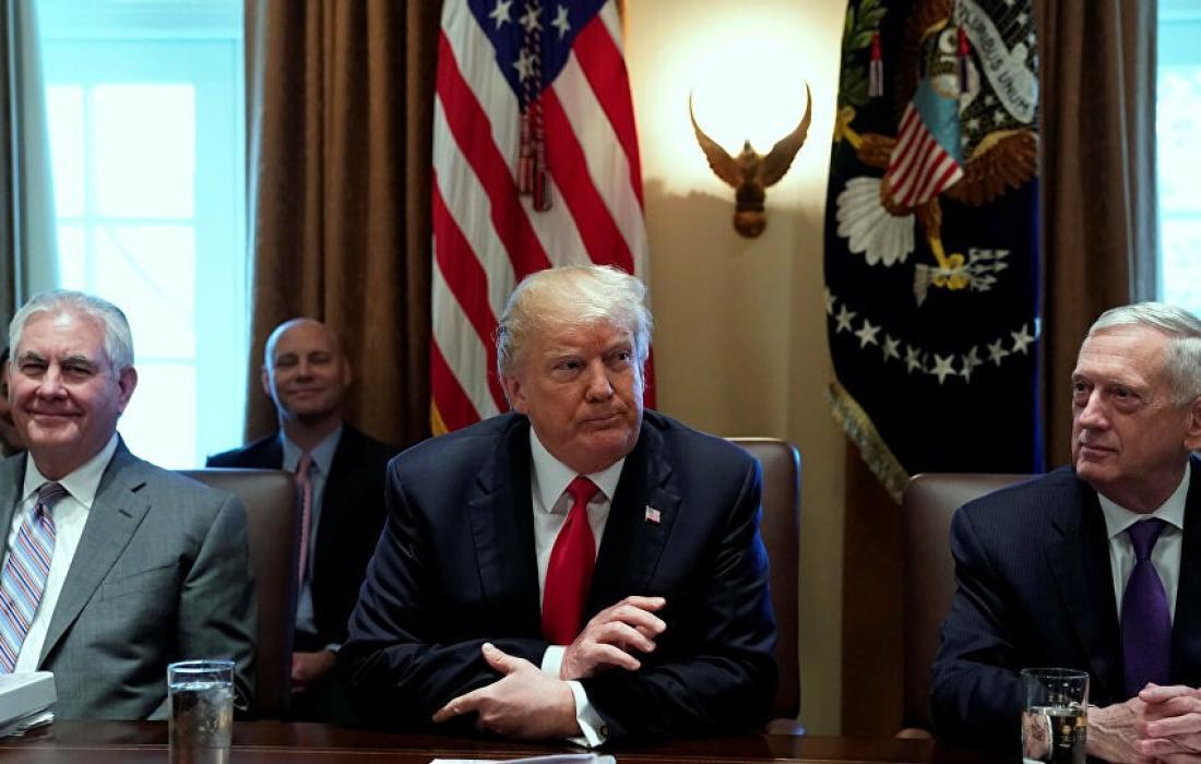 الحكومة الامريكية يتراسها الرئيس دونالد ترامب