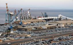 سفينة قادمة من الامارات سترسو في ميناء إيلات المحتل الأحد