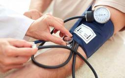 أغذية ومشروبات ترفع ضغط الدم إليك مضاعفات المرض وطرق علاجه