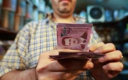قائمة الأسعار: طالع الآن سعر صرف الليرة السورية مقابل الدولار في السوق السوداء اليوم