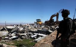 جرافات الاحتلال تهدم منزل جرار