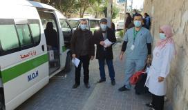 سحب عينات الدم لفحص الاجسام المناعية من فيروس كورونا في قطاع غزة (8).jpg