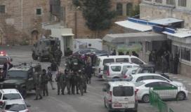 الاحتلال يواصل احتجاز شهيد واعتقال آخر بعد اقتحام محافظة جنين وسط تبادل لأطلاق النار
