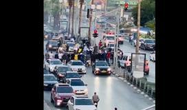 اعتقال عريس واصدقائه في رام الله بعد عرقلة السير والتفحيط وعرقلة مرور سيارة اسعاف.jpg