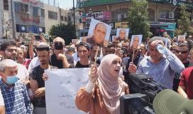 مسيرة في رام الله تنديدًا لاغتيال الناشط نزار بنات 2.jpg