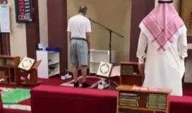 مؤذن يثير الجدل في الكويت.. ما قصته
