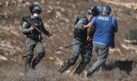 الاحتلال يقرر الإفراج عن الصحفي الزبدة مقابل غرامة مالية