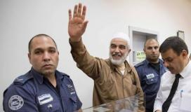 لجنة الحريات تعبر عن قلقها من وضع شيخ الأقصى وتطالب بإنهاء عزله الانفرادي