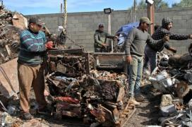 اعادة تدوير الحديد في غزة