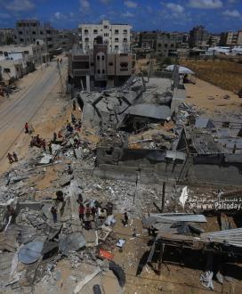 آثار الدمار الذي خلفته غارات الاحتلال علي منازل المواطنين فى رفح