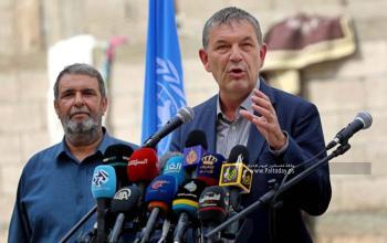 بالصور:مؤتمر صحفي للمفوض العام للاونروا السيد فيليب لازريني وزيارة عائلة ابو سلمية المتضررة بالحرب الاخيرة