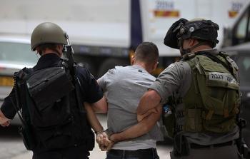 قوات الاحتلال تعتقل أسيرًا محررًا من يعبد في القدس المحتلة