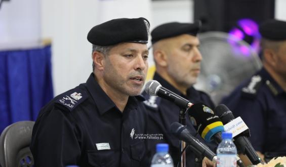 لقاء تفاعلي لقائد الشرطة في غزة اللواء محمود صلاح مع نخبة من الإعلاميين والأعيان المجتمعية